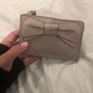 Kate spade card/money holder with ring